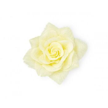 Rosa con pizzo e spilla