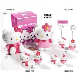 Hello Kitty In Resina